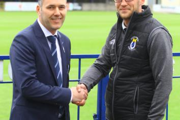 Lindsay is new Swifts manager